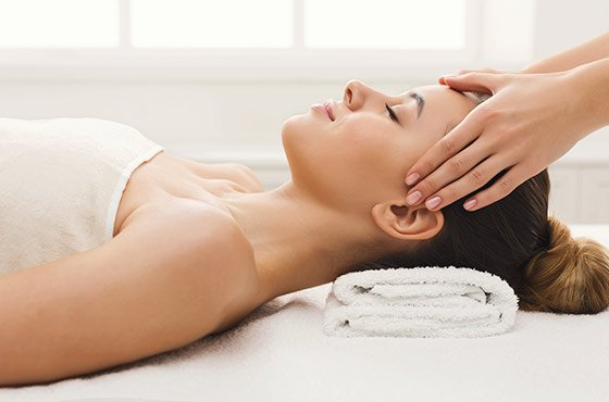 Relaxing massage - Full Service Spa in Lawrence - Lada